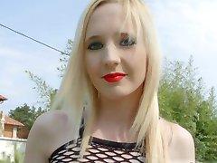 AllInternal Gothic girl given a creampie