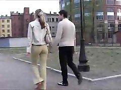 Vene koor-nülitud teismeline tüdruk on perses kenasti hotellis tuba
