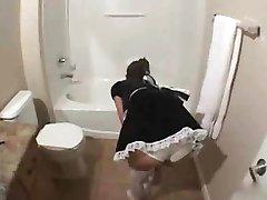 Prekleto je 24yo devica sem najel za čiščenje moja hiša