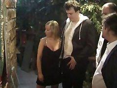الجنس النادي