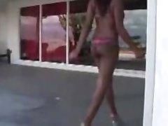 Karšto ebony teen Candace Nicole hardcored