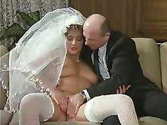Eine Verdammt Heisse Braut (Uschi قرنفل الوردي المواد) 1