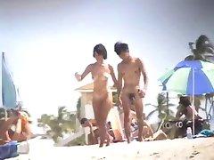 Nude Beach - Nice Tits Asiatisk