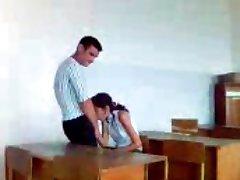 turku meitene stutend orālo seksu