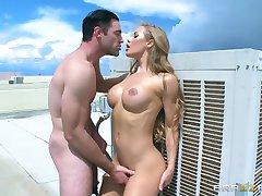 Браззерс - Nicole Aniston voli oslobođenje Dick