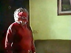 Maskeeritud Vanaema