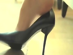 sexiga shoeplay