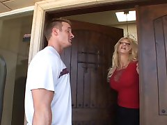 Super hot MILF Donna Lutka 3