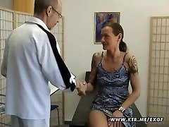 Küps amatöör naine omatehtud anal hardcore action cum
