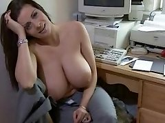 Sexy big titted Frau