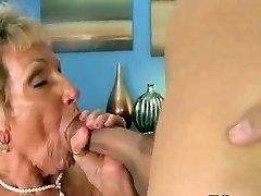 Horny vanaema