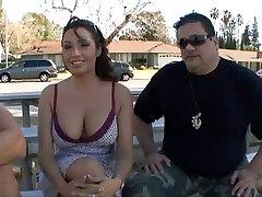 Žmona pakliuvom priešais vyras
