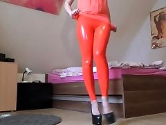 latex orgie met 3