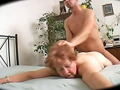 Big Butt Curvy Γιαγιά - 69