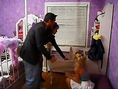Allysin Chaynes - Lapsehoidja 1. osa Bizzy1991