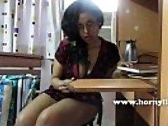 HornyLily seksualus mokytojas