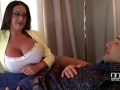 Mummies Big Tits provide the Ultimate Therapy