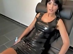 Cum På Latex Milf BVR