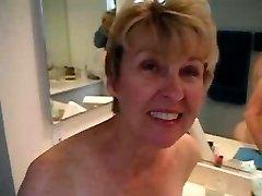 बाथरूम चूसना और भाड़ में जाओ