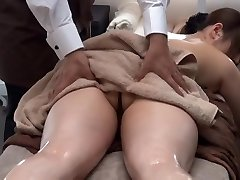 Private Oil Rubdown Salon for Married Woman 1.2 (Censored)
