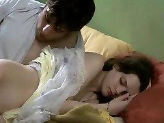 Una ma soeur! (2001) Roxane Mesquida