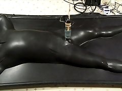 vacbed and estim being wanked by venus 2000