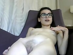 Tiny 18 yr itāļu Cam Meitene Masturbē-1