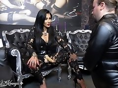 Mistress Kennya: Mouth fucking the virgin