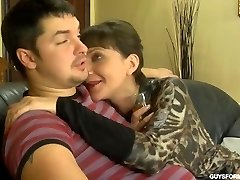 Youthfull fuck Mature brunette
