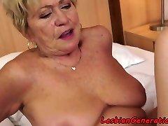 svingete bestemor pussylicks stramt søta