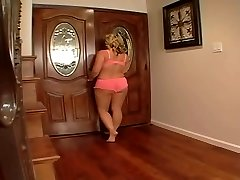Hot Teacher Ms Stunning Sunner romps her Student