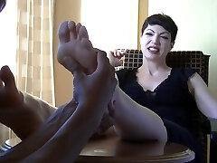 Goth Armuke suu massaaž