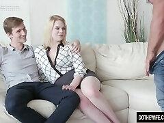 blondinė žmona adry berty fucks kilmės priešais ją nevykėlis vyras