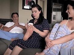 skatinti paauglių turi hardcore sex su savo skatinti stepdad
