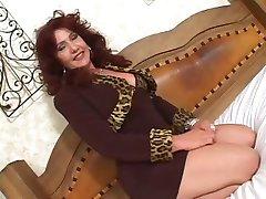 Bigass 브라질 섹시한중년여성 2