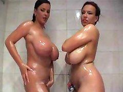in da shower