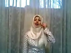 WHITE HIJAB CRAZY GIRL
