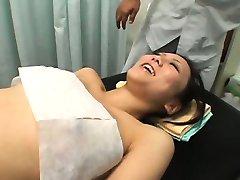Caméra espion de l'Adolescence point culminant de Massage