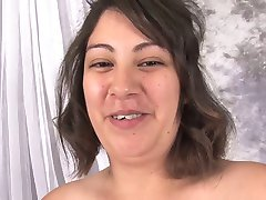 pregnant - ugly  Danni