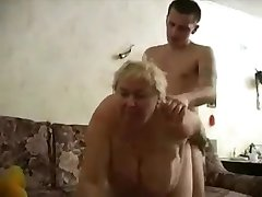 Močiutė fucks jos berniukas