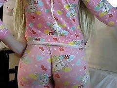 Blont PAWG stora rumpa rumpa i tighta leggins