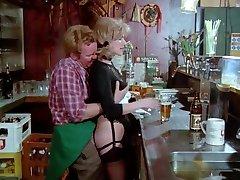 Schulmadchen 포르노(1976)Gina Janssen