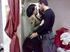 Sirijos arabų sctress luna hassan pakliuvom