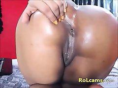 Big butt horny latina dildo rides