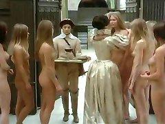 多くの裸の女の子