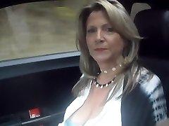 52 요 섹시한중년여성차를 타고 prt2