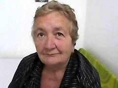 変態のイタリアのおばあちゃん