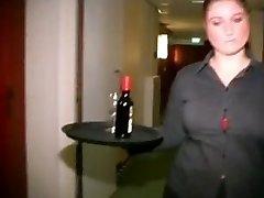 Round Dutch Motel Maid