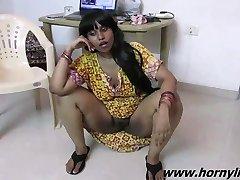 Sexy Rozhovoru S Indickým Zlato Lily