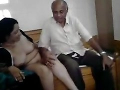 Super-fucking-hot desi milf with oldman